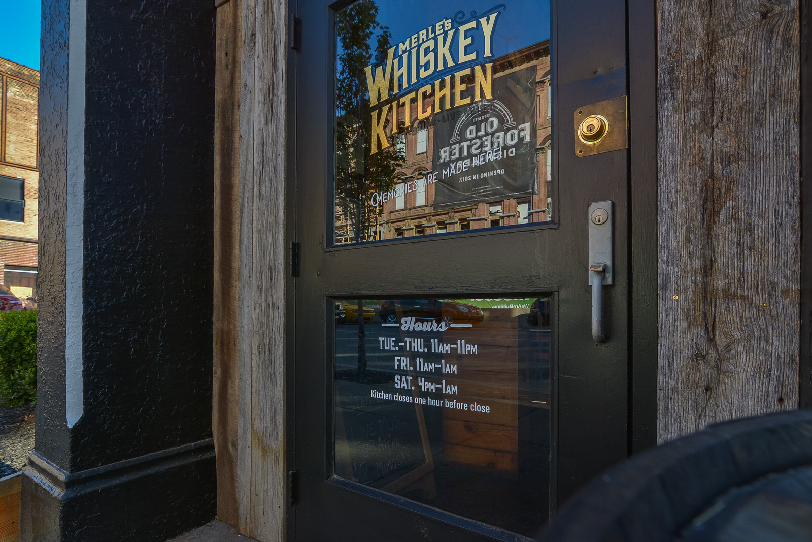 merles-whisky-kitchen-party-building-123 | Manny & Merle ...